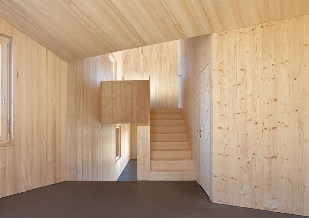 Holzbau innen  Dreifamilienhaus in Oberrieden | pool Architekten Zürich