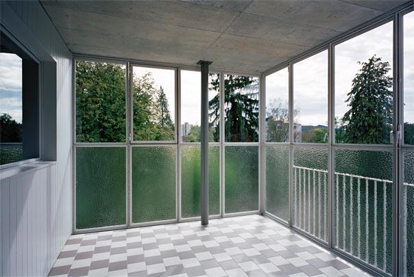 laur park brugg wohnhaus pool architekten z rich. Black Bedroom Furniture Sets. Home Design Ideas