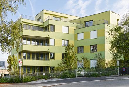 Mehrfamilienhaus Kosakenweg