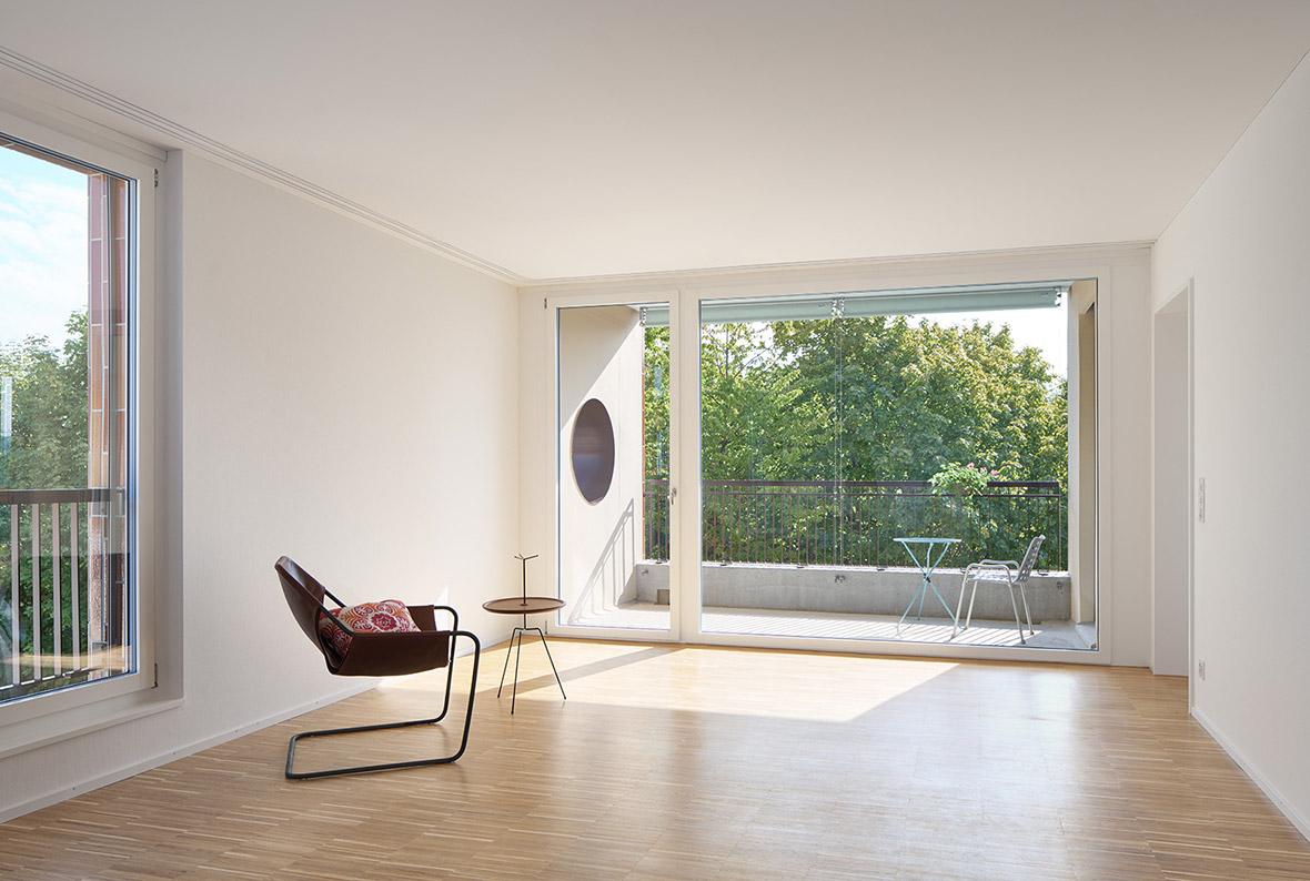 Wohnraum mit Loggia